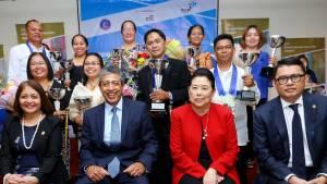 Nine outstanding Filipino Microentrepreneur awardees