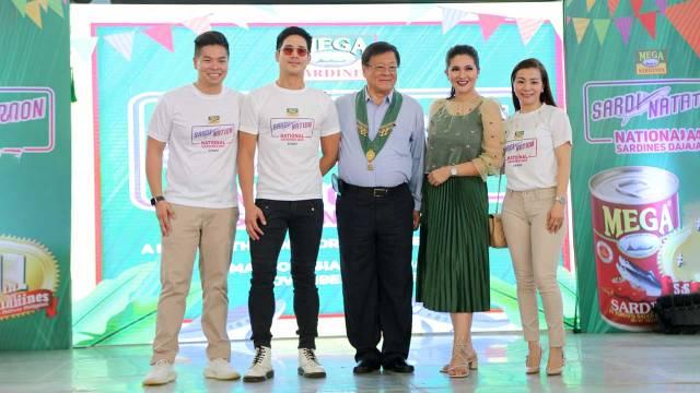 Marvin Tiu Lim, Piolo Pascual, William Tiu Lim, Dimples Romana, Michelle Tiu Lim-Chan