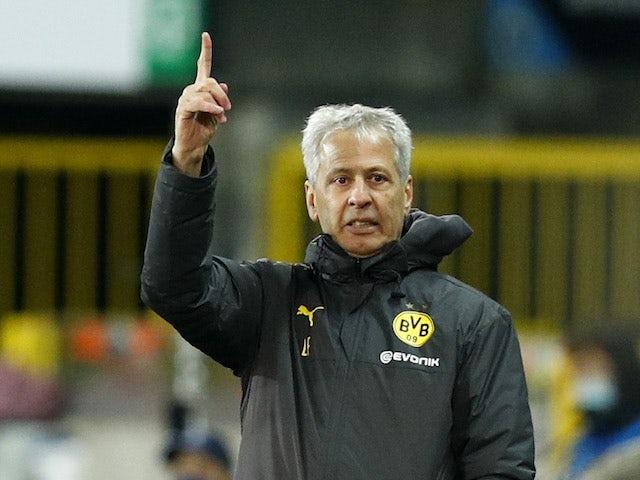 Borussia Dortmund head coach Lucien Favre pictured on November 4, 2020
