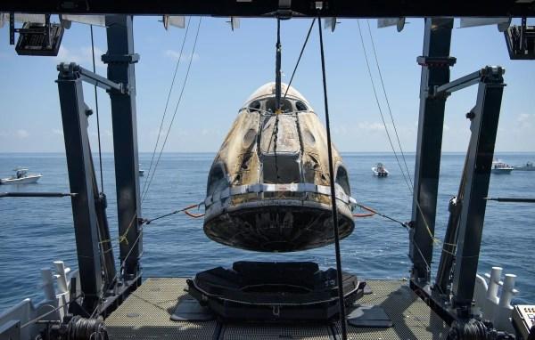 Watch SpaceX's Crew Dragon capsule ferry NASA astronauts ...