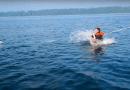 Båden synker ! …vi springer i redningsflåden