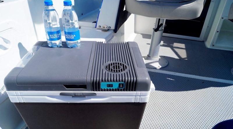 Elektrisk køleboks i båden