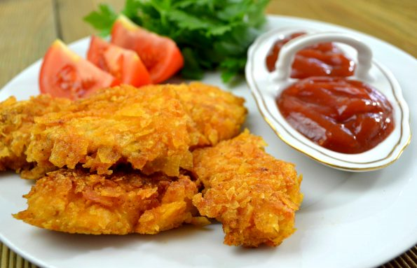 Kąski z kurczaka w chipsach + film