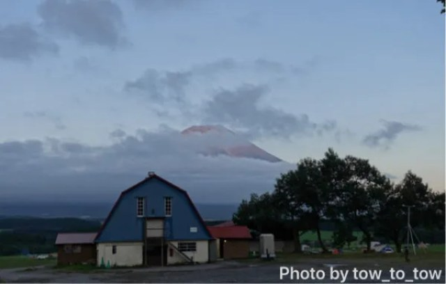 ふもとっぱら 赤富士