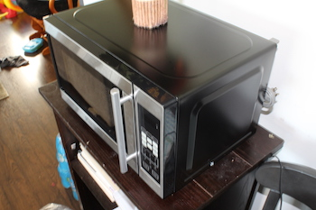 different sizes of microwave ovens