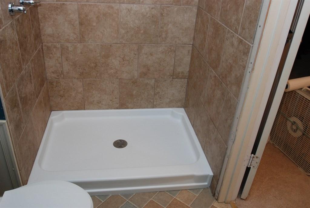 fiberglass shower pan tips small bathroom remodel master bathroom ideas 2021