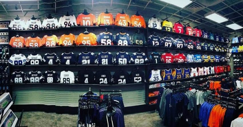 10 Clothing Franchise Opportunities Available Now - Pro Image Sports