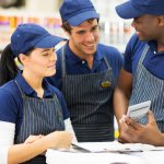 Employee Uniforms? Here are the Pros and Cons for Your Small Retail Business