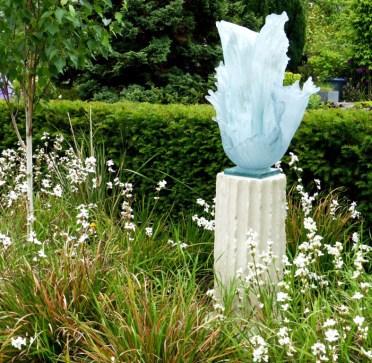 Glass Sculpture - careful!