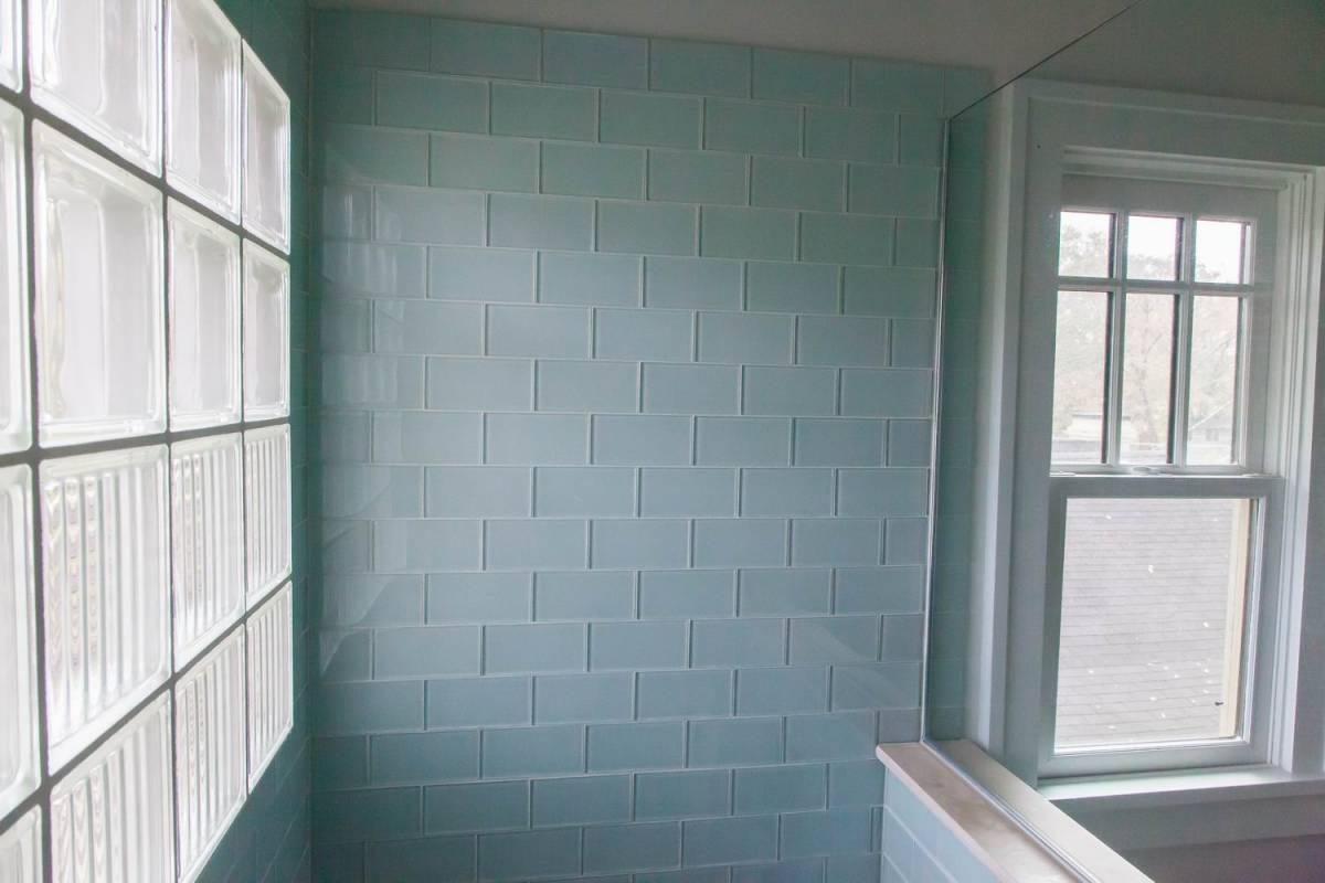 large glass tiles for shower walls
