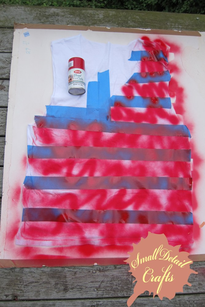 No Sew DIY Fourth of July Spray Paint Tank Top (5/6)