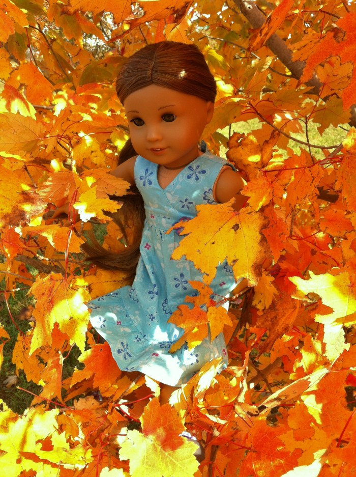 Kanani and Leaves: A Photoshoot