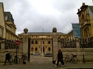 Palais des Etudes, vue de l'extérieur de l'école des Beaux Arts(crédit éa marzarte)