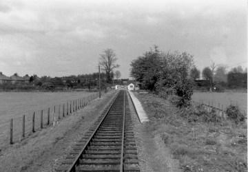 1st Herts Railtour 5 Nast Hyde Halt ©