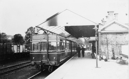 Abbey Stn 15 1956 shortened overall roof ©