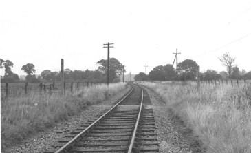 Between Nast Hyde & Smallford looking East 1968 - 5