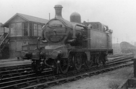 Branch Locos 10 C12 No 4541 Hatfield 1926