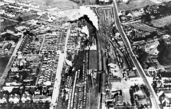 Hatfield Stn from the air 1928