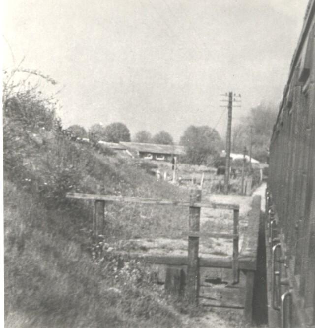 Sanders Halt 5 from passenger train 1950