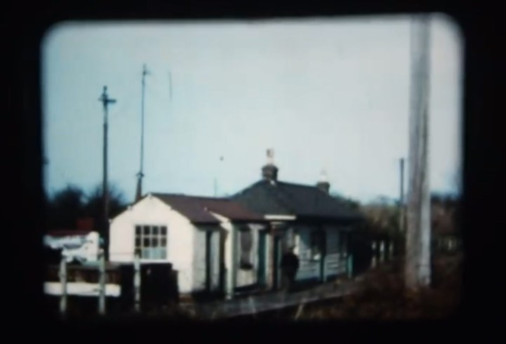 Smallford Station - 1968 Ron Kingdon film
