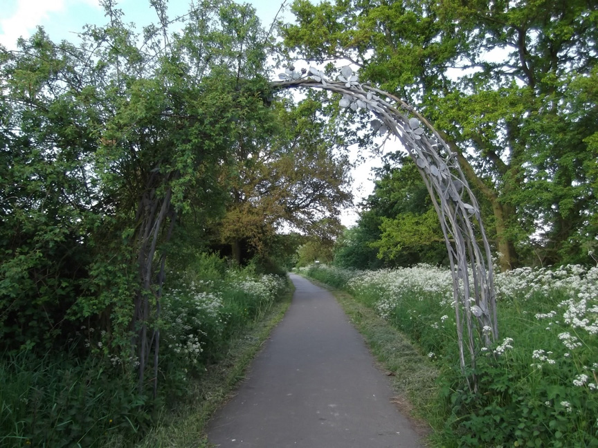 The Blackberry Arch - Alastair Cameron, Smallford Station & Alban Way Heritage Society, 2016