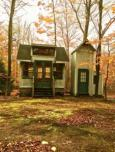 20140926fr-michigan-cabin-front