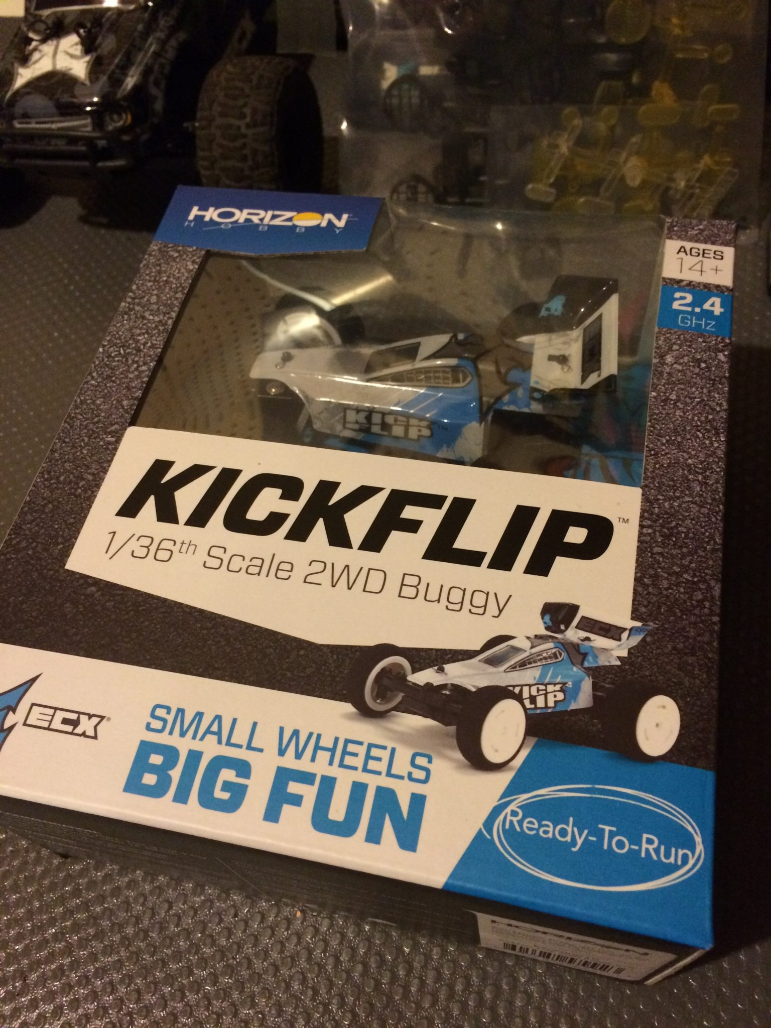 ECX KickFlip 1/36-scale Buggy Unboxing [Video]