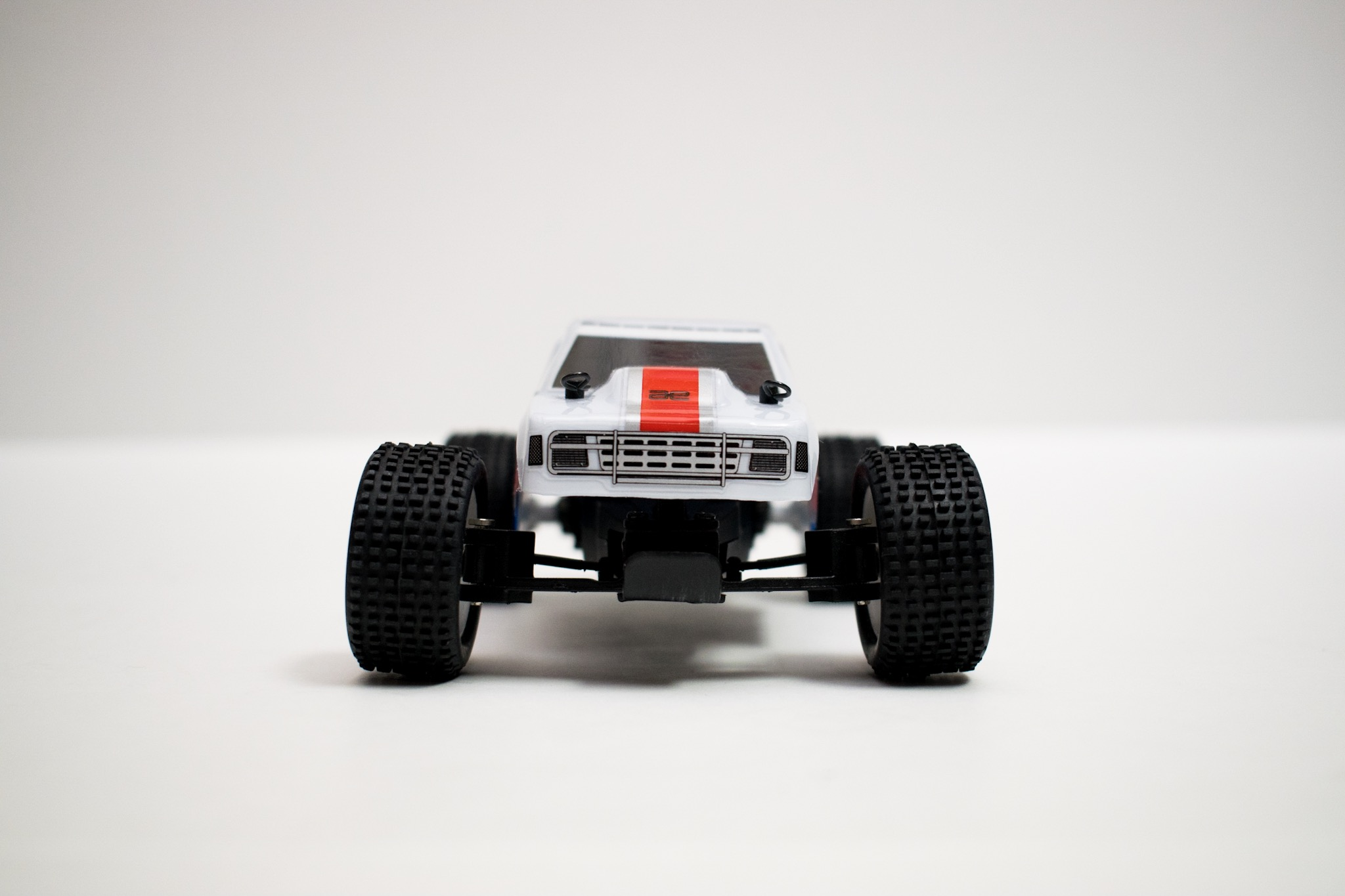 Team Associated RC28T - Front