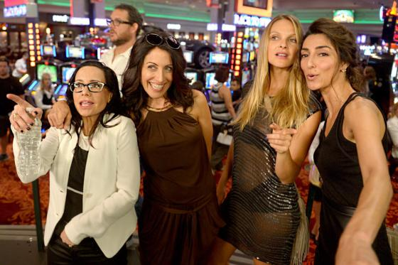 girlfriends guide to divorce, girlfriends guide to divorce cast