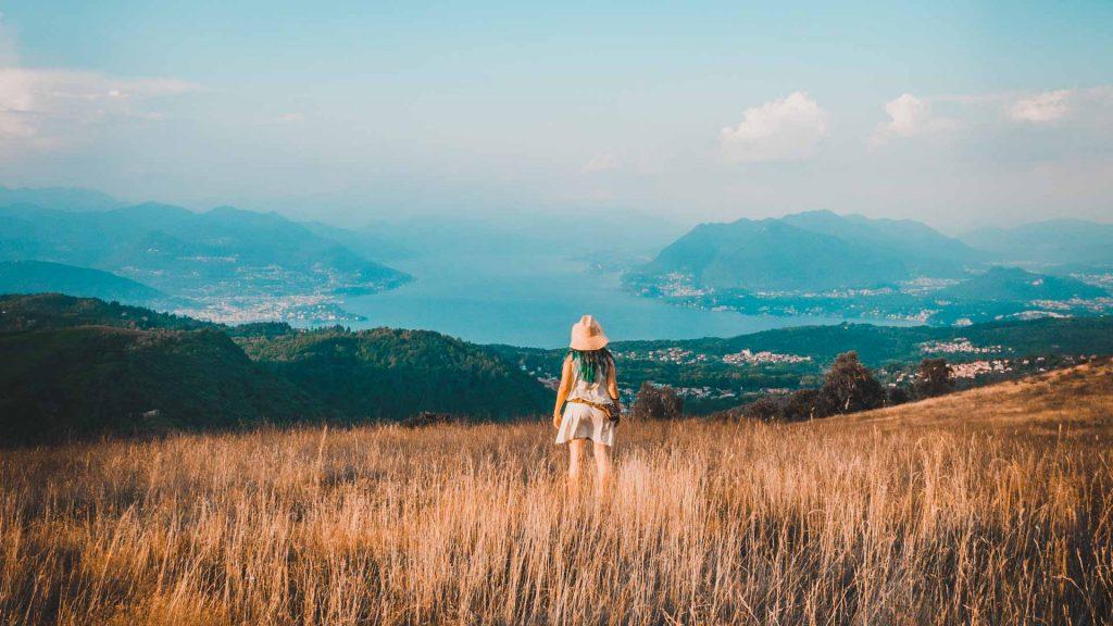 La vale e panorama mozzafiato su lago maggiore