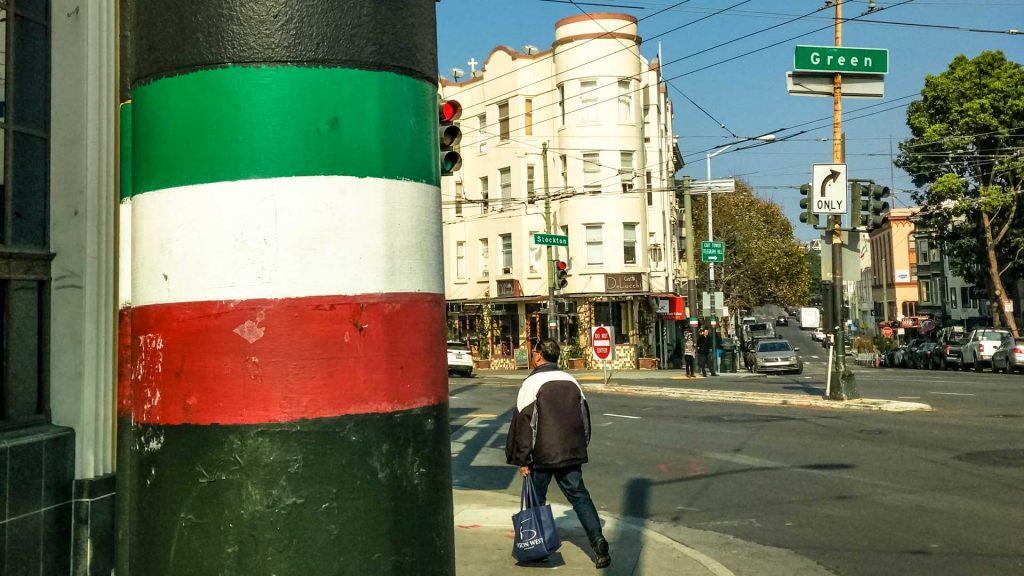 Le strade di little italy a San Francisco