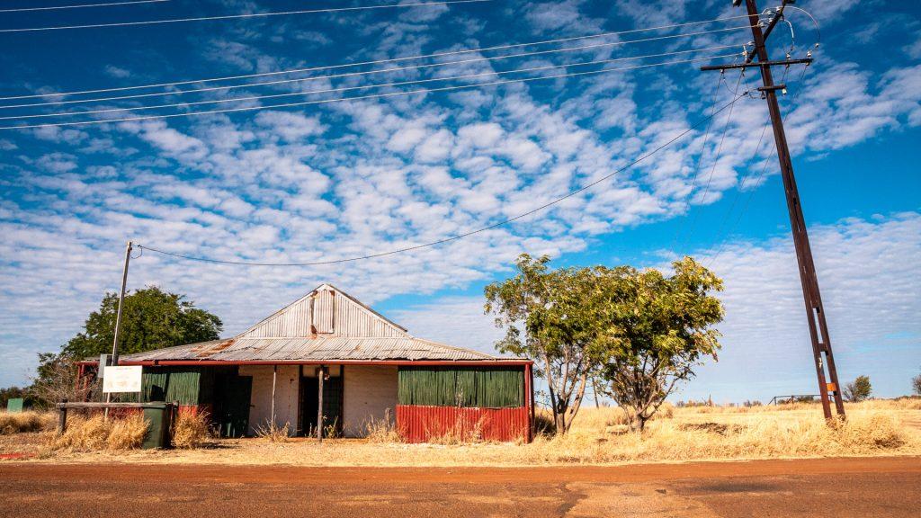 Piccola-case-outback-australia