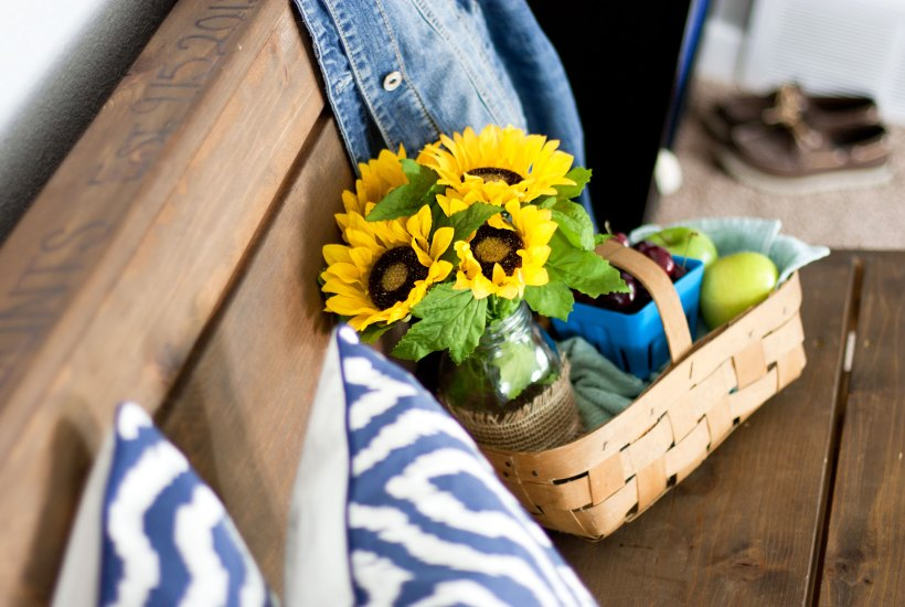 Love this summer home tour! Pretty basket of flowers and fruit from the farmers market.
