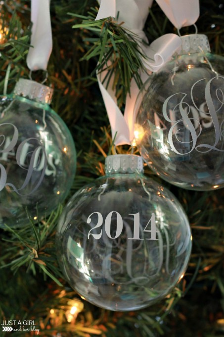 Image of DIY monogrammed ornaments using Silhouette