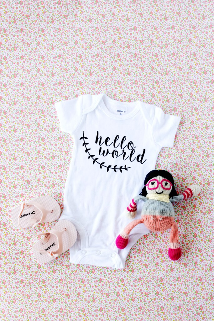 Check out these created DIY baby gifts made with a Silhouette cutting machine. Such great ideas for personalized gifts for the babies in your life.