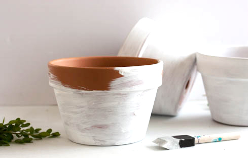 terra-cotta-flower-pot-painted-white