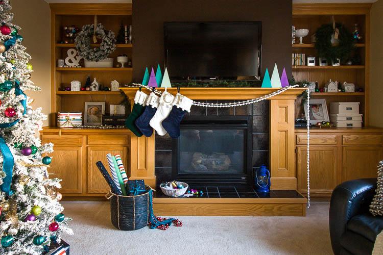 christmas-fireplace-decor-and-shelves