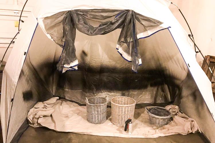 wicker-baskets-in-spray-paint-shelter