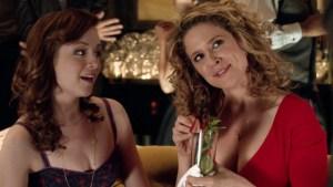 Alexis Carra (à droite) joue Jessica, un des personnages les plus mal dégrossis de la série.