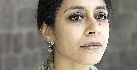 Anuradha Roy - Les plis de la terre - Anuradha Roy Anuradha Roy