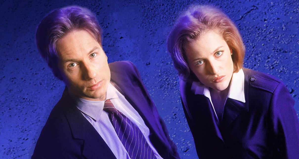 x-files - X-Files en 2015 : le reboot, les comics, Chris Carter, le troisième film, les attentes the x files 51d8938989a0a
