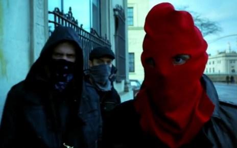 gotham - Gotham 1x17 : Red Hood red hood gotham 124332