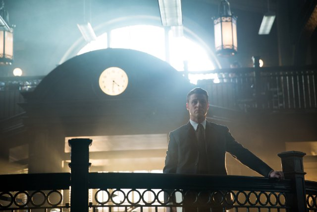 Gotham saison 1 - Gotham 1x19 : Beasts of Prey