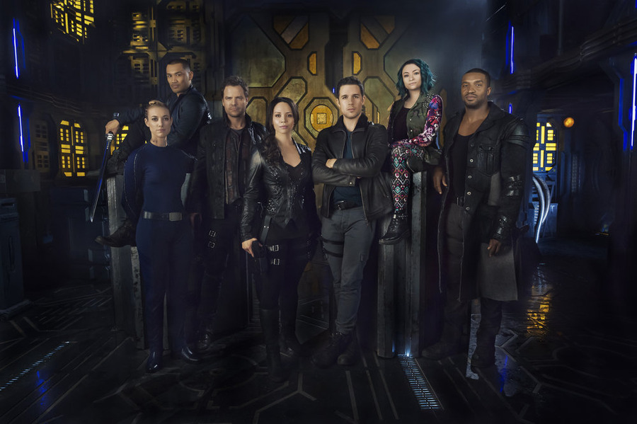 syfy - Dark Matter : passe à l'orange dark matter show group
