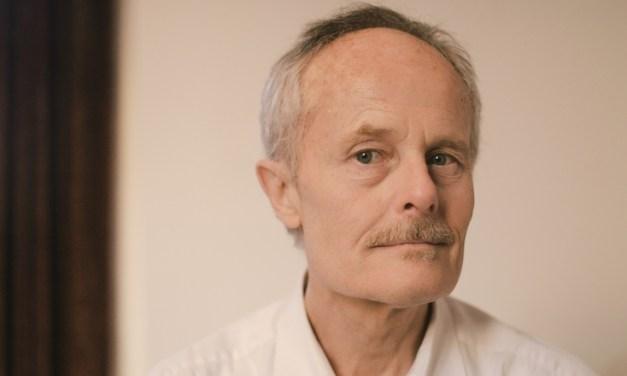 À l'enseigne du cœur épris : premier roman de Jean-François Pigeat