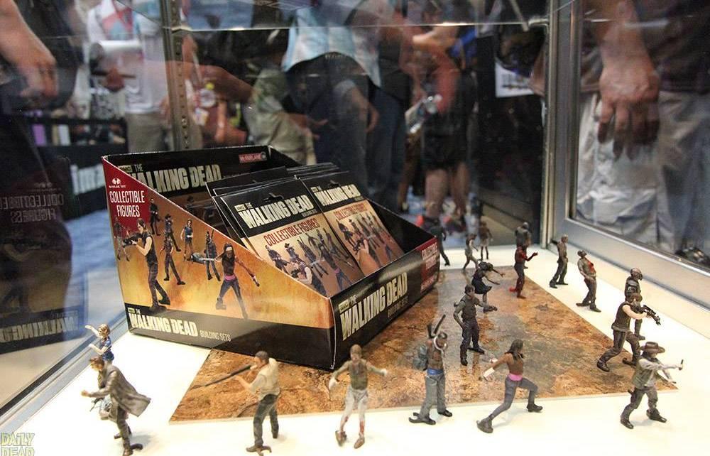 MillionThings - CONCOURS TERMINE : Gagnez une mini-figurine surprise de THE WALKING DEAD McFarlane Building 013