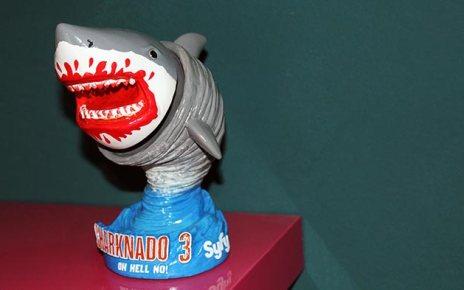 MillionThings - TERMINE - CONCOURS : gagnez un wobblehead SHARKNADO 3 Sharknado 3 wobblehead