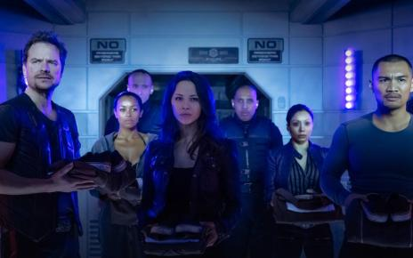 - Dark Matter : pauvre science-fiction... Dark Matter TV show on Syfy season 2 canceled or renewed. Franka Potente joins Dark Matter season two.