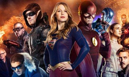 Supergirl affronte Flash et Arrow dans le Superhero Fight Club