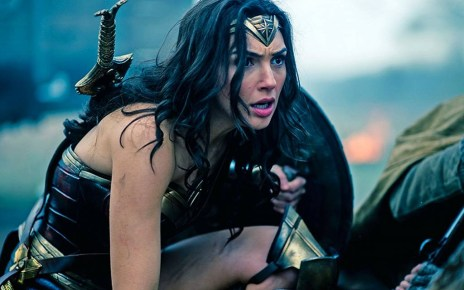 dc - Wonder Woman : ultime affiche et ultime trailer ! Wonder Woman Diana in the trenches